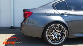 запчастини для BMW M5 F10 фото 4